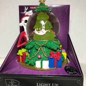 Other - Nightmare before Christmas snow globe tree